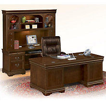 Traditional Executive Office Set with Chair, 8804667