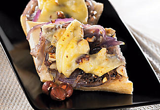 Baguette with Québec cheese and onion confit
