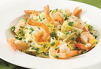 Fettuccine with shrimp and lemon