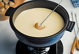Our cheeses and ice cider fondue