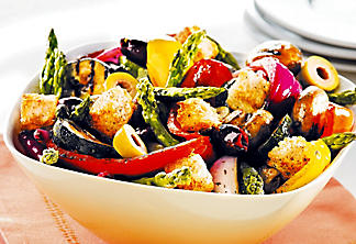 Grilled vegetable salad with balsamic vinegar