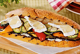 Grilled vegetable sandwich with oregano mayonnaise