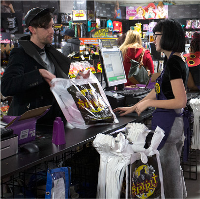 store opportunities spirithalloweencom - Spirit Halloween Locations Michigan
