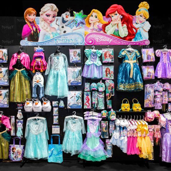 the best halloween store ever scare zonehalloween costumes stores best places for halloween