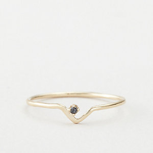 TRIANGLE KAMMIE RING