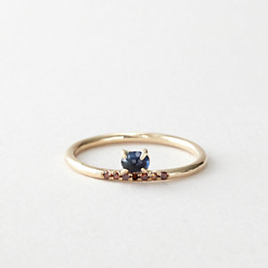 SAPPHIRE & RED DIAMOND RING