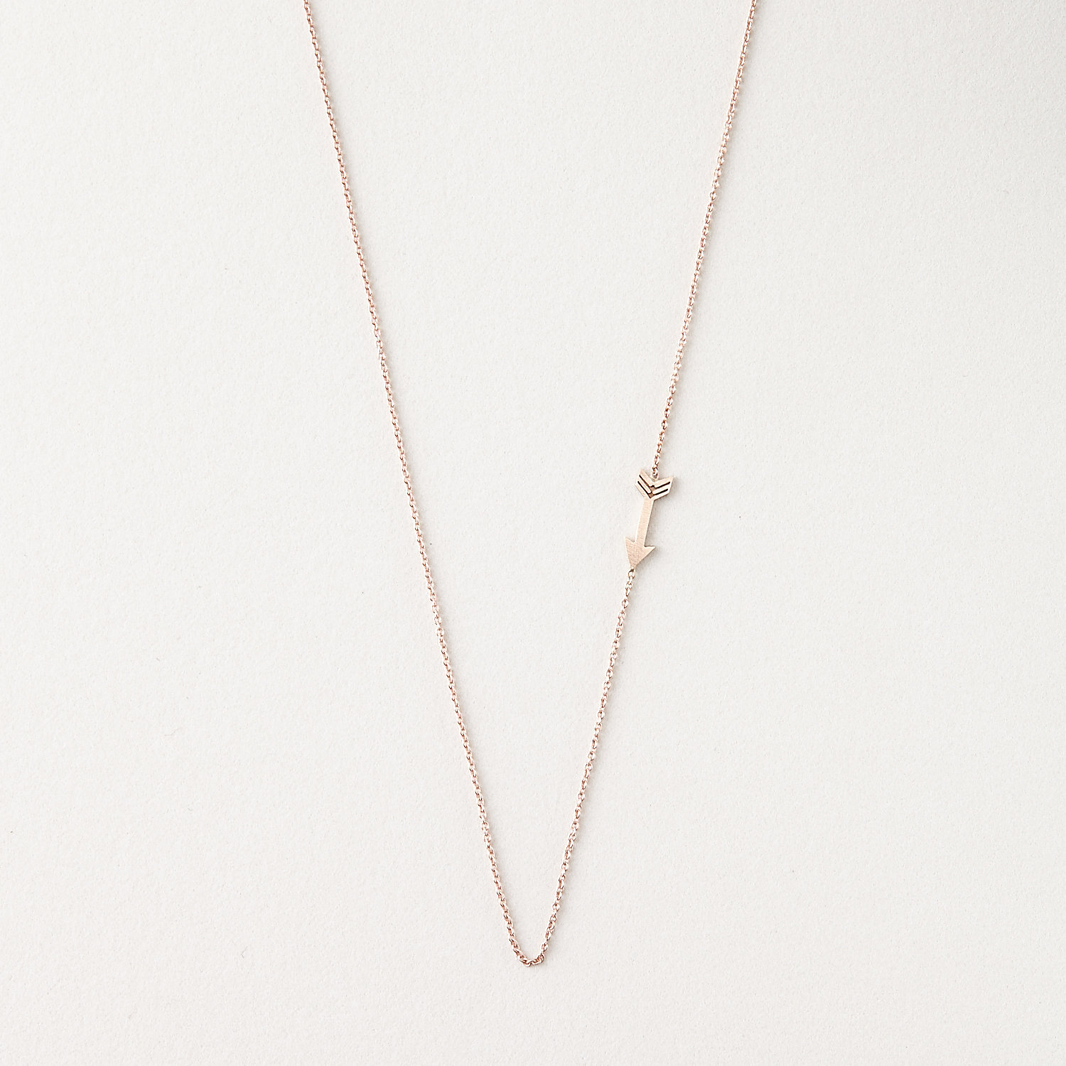 CUPID ARROW NECKLACE