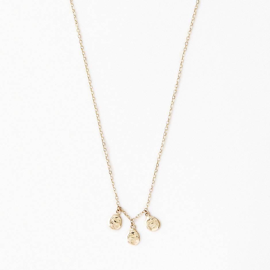 FLAT TRIPLE SEED DANGLY NECKLACE