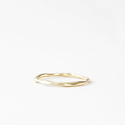 PLAIN THIN WAVY BAND