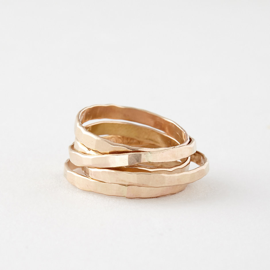 5 GOLD STACKING RINGS