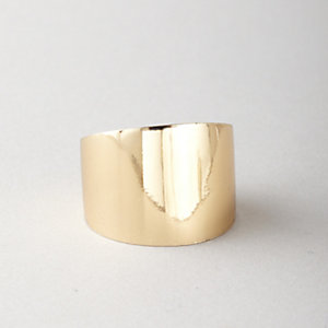 YELLOW GOLD CIGAR BAND RING