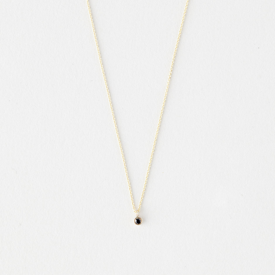 BABY BEZEL BLACK DIAMOND NECKLACE