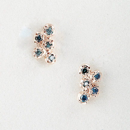 10 BLUE DIAMOND CLUSTER STUDS