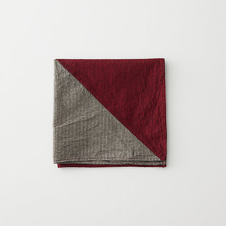 COLORBLOCKED POCKET SQUARE