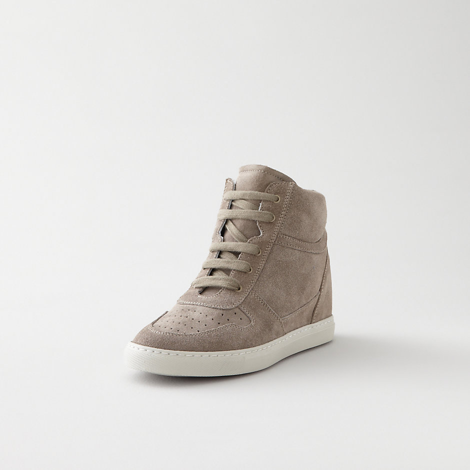 B-BALL SUEDE WEDGE SNEAKER