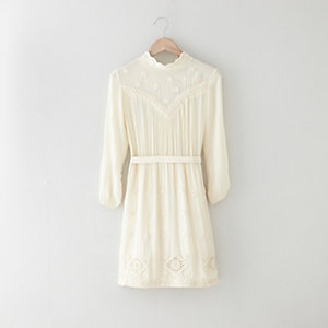 BEARSVILLE EMBROIDERY DRESS