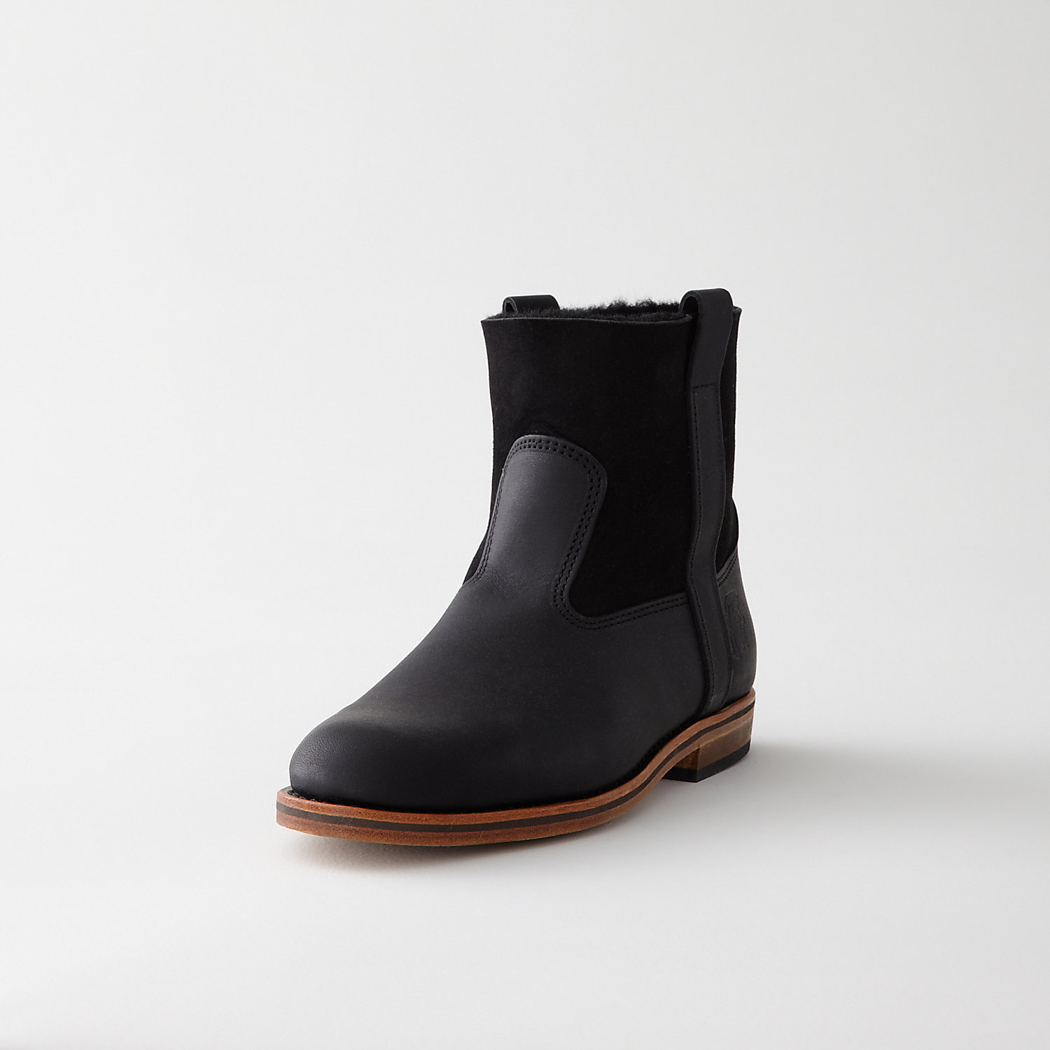 LISA SHEARLING MOUNTAIN BOOT