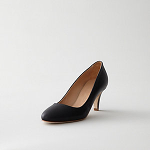 CLASSIC LOW HEEL LEATHER PUMP