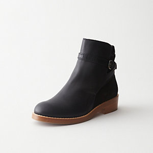 CLOVER LOW HEEL ANKLE BOOT