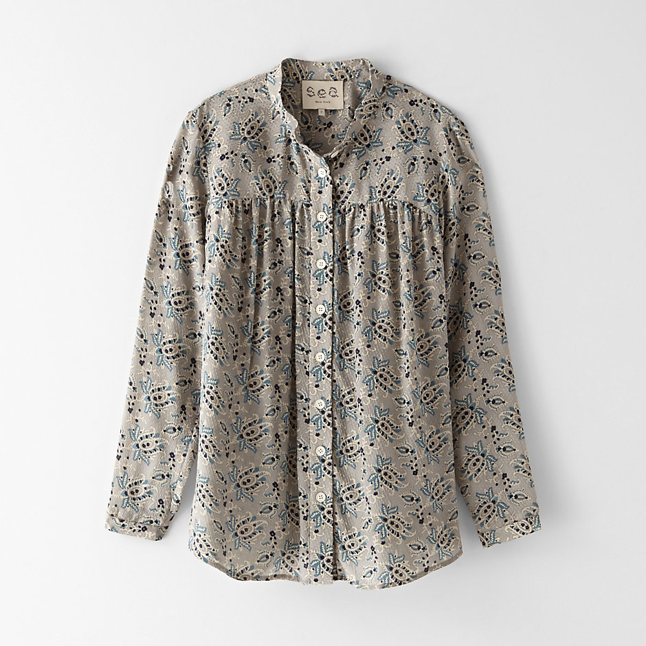 PAISLEY BUTTON UP TOP