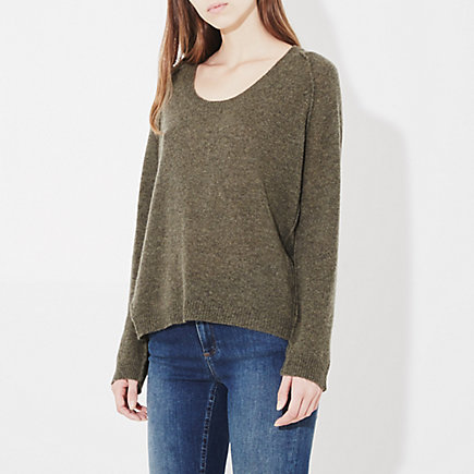 U-NECK RAGLAN SWEATER