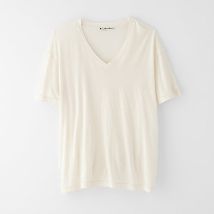 VINTER OVERSIZED V-NECK TEE
