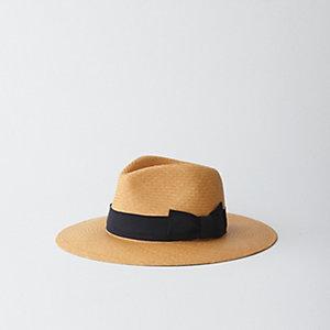CARLA HAT