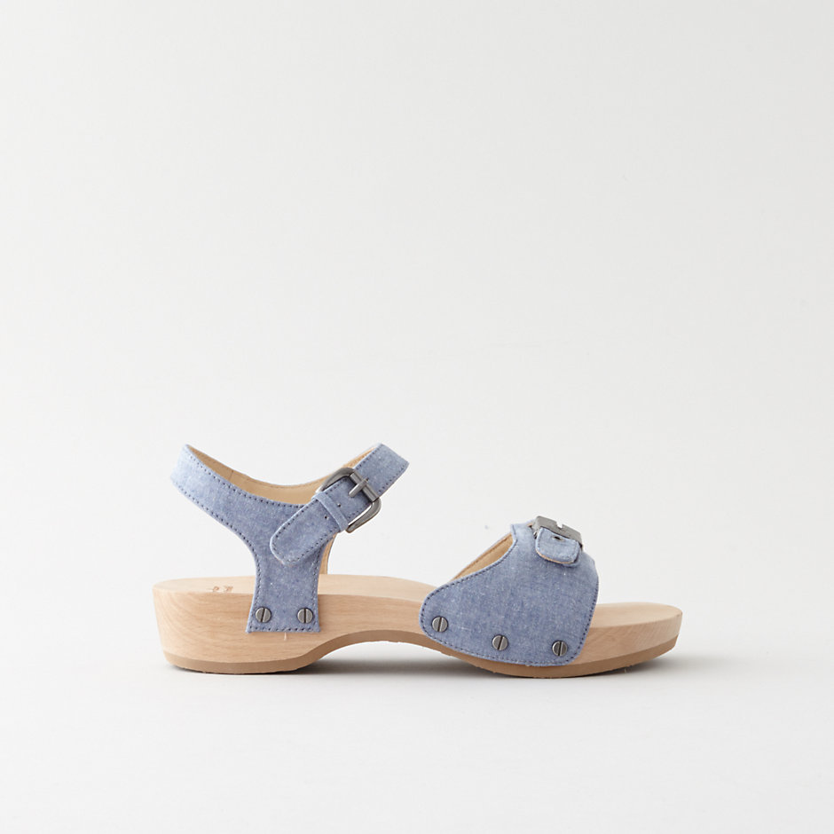 TRIBECA CHAMBRAY SANDAL