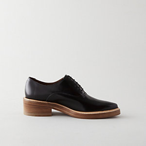CARLA POINTED OXFORD