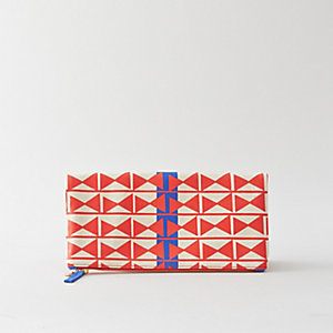 FOLD OVER CLUTCH