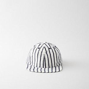 BRUSH STROKE CAP