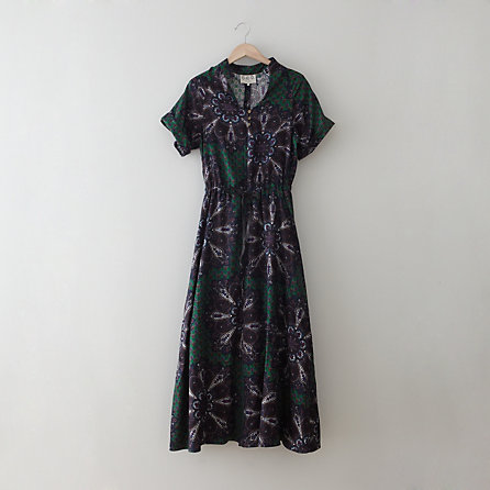 LONG SEAMED PAISLEY DRESS