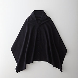 BUTTON SHAWL