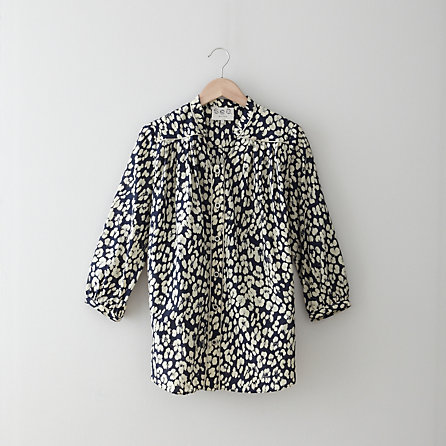 LEOPARD BUTTON UP