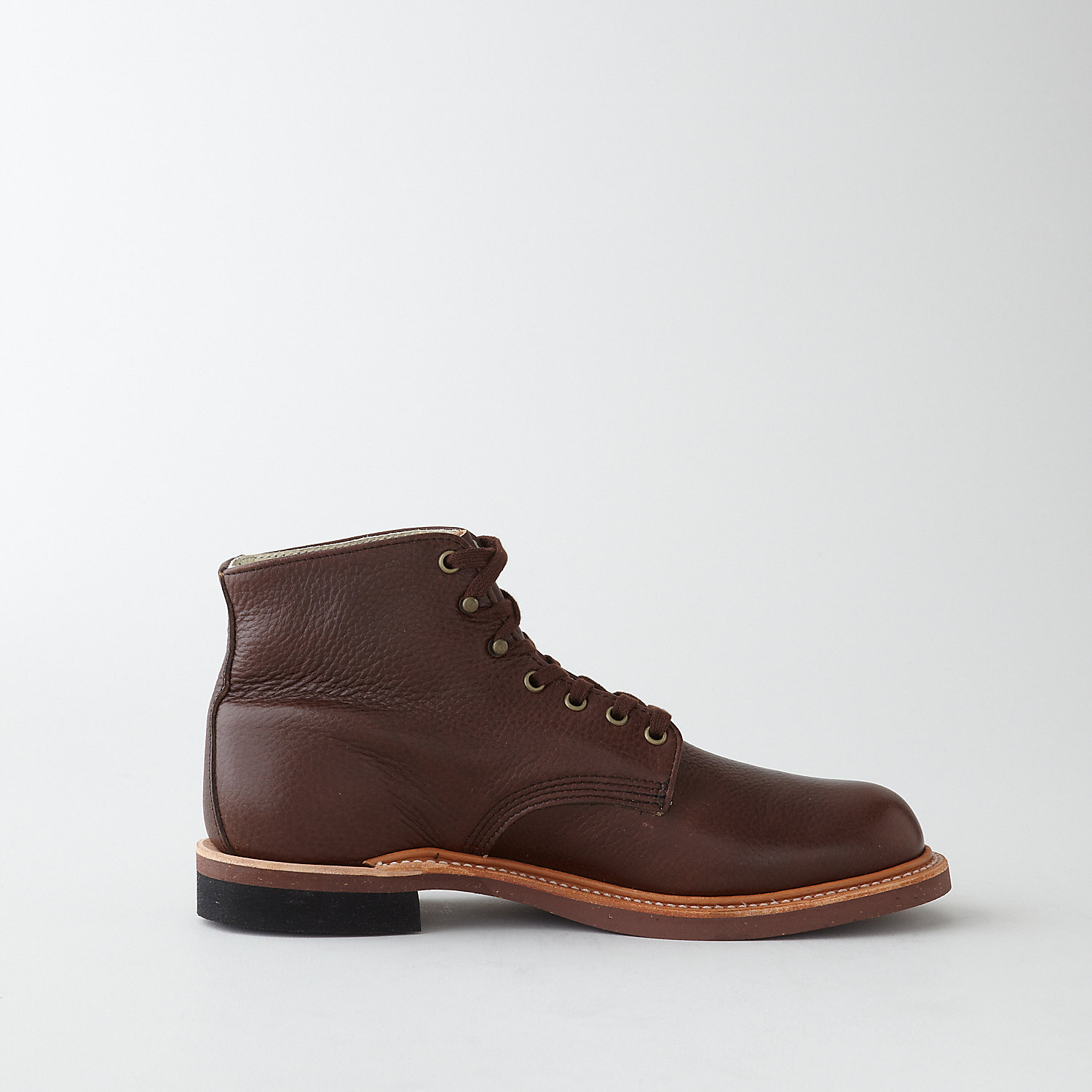 Pebble Leather Chukka