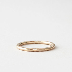GOLD CREST RING