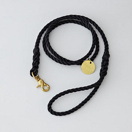 BLACK STANDARD LEASH BRASS - MEDIUM