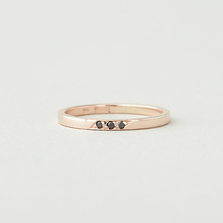 DAINTY BLACK DIAMOND BAND