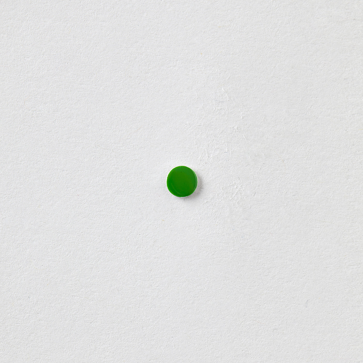 ENAMEL GREEN DOT STUD