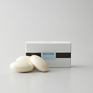 BOX OF THREE BATH SOAPS - MARINE
