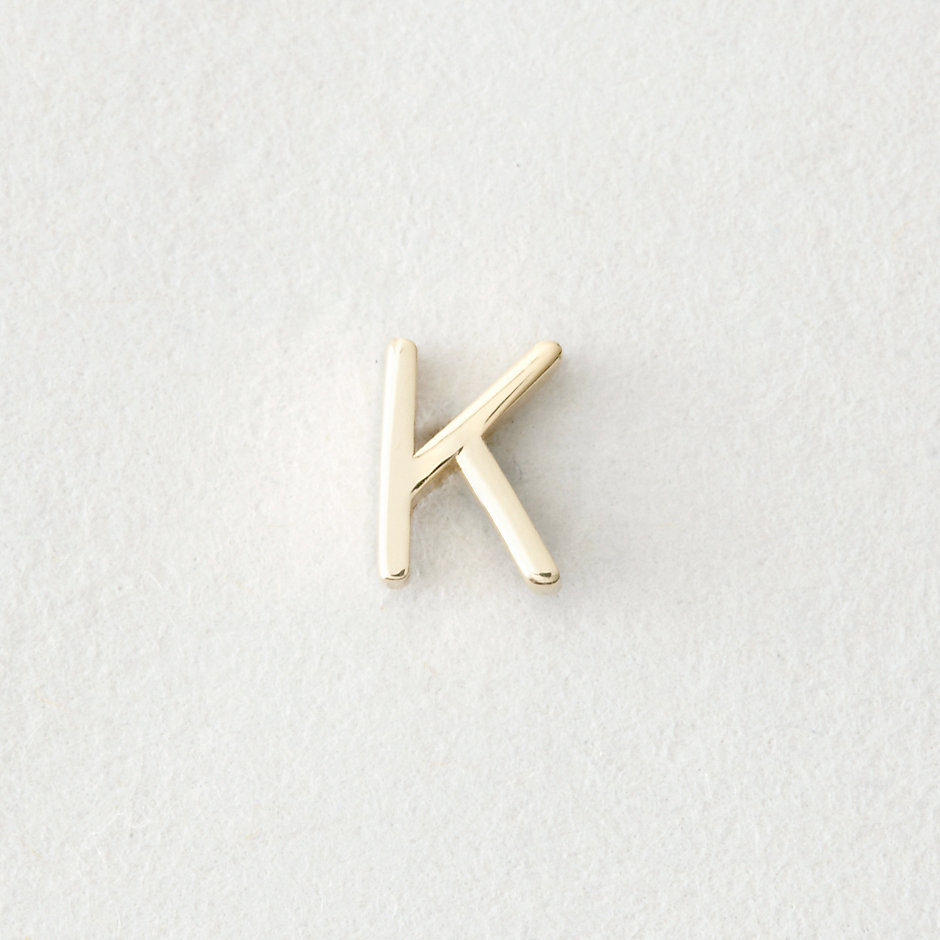 MINI LETTER STUD EARRING - K