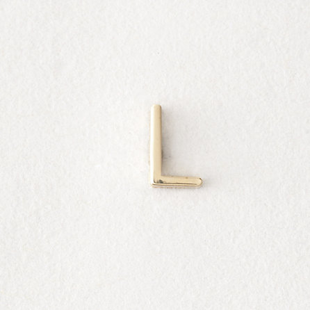 MINI LETTER STUD EARRING - L
