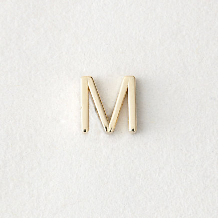 MINI LETTER STUD EARRING - M