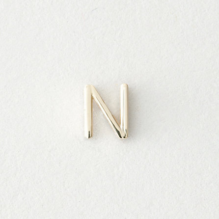 MINI LETTER STUD EARRING - N