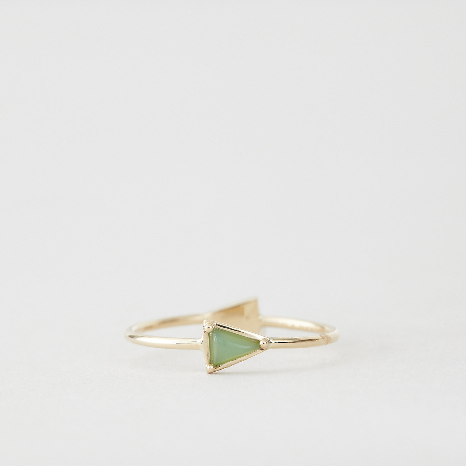 DOUBLE TRIANGLE RING