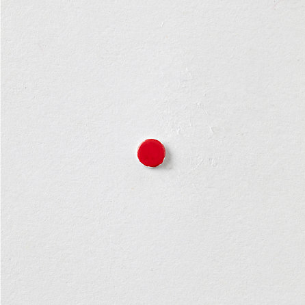 ENAMEL RED DOT STUD