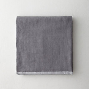 TWO TONE CHAMBRAY BATH TOWEL