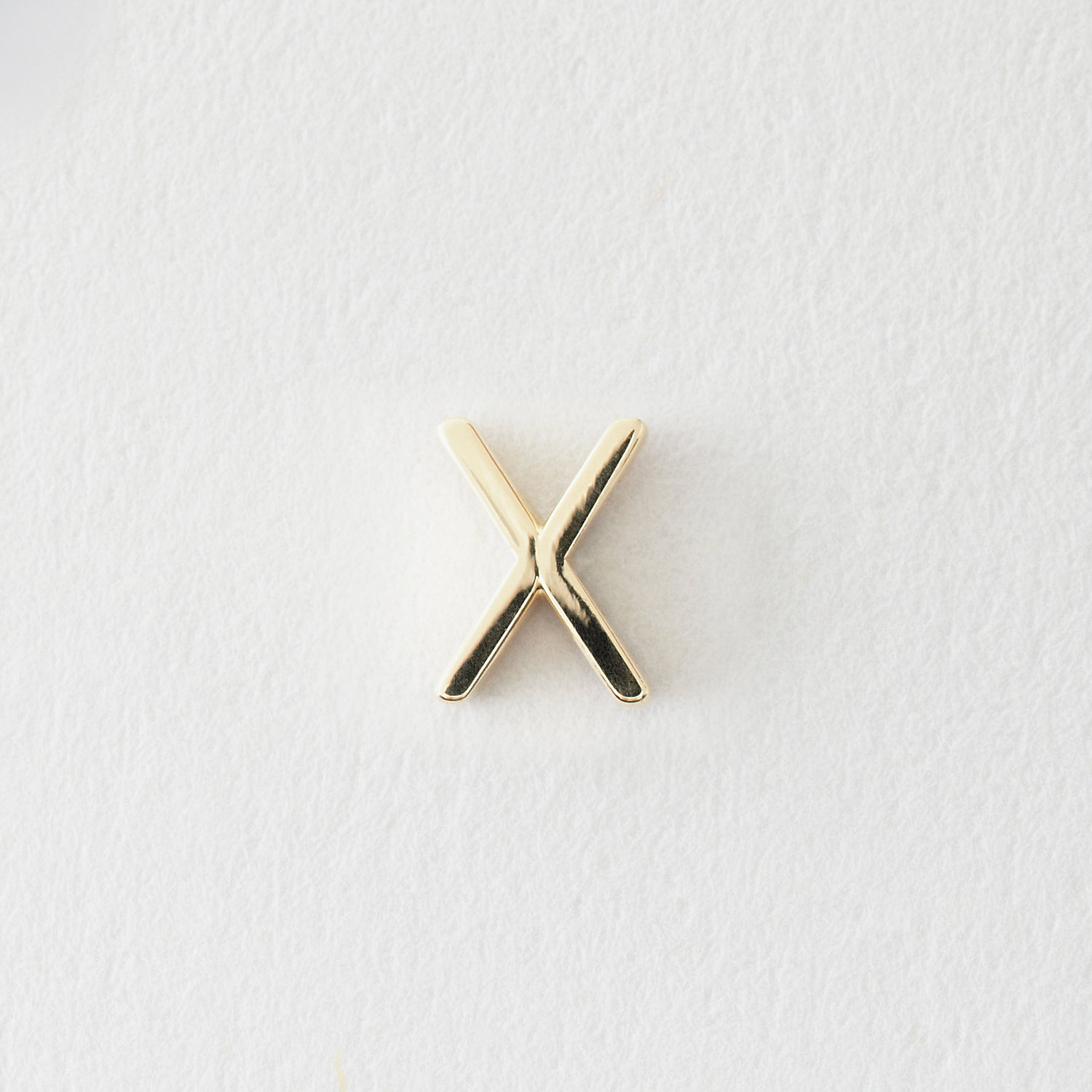MINI LETTER STUD EARRING - X
