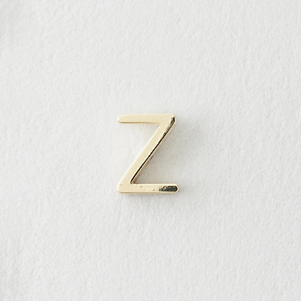MINI LETTER STUD EARRING - Z