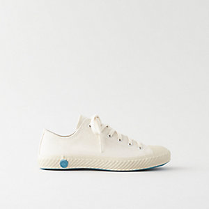 LOW TOP CANVAS SHOE
